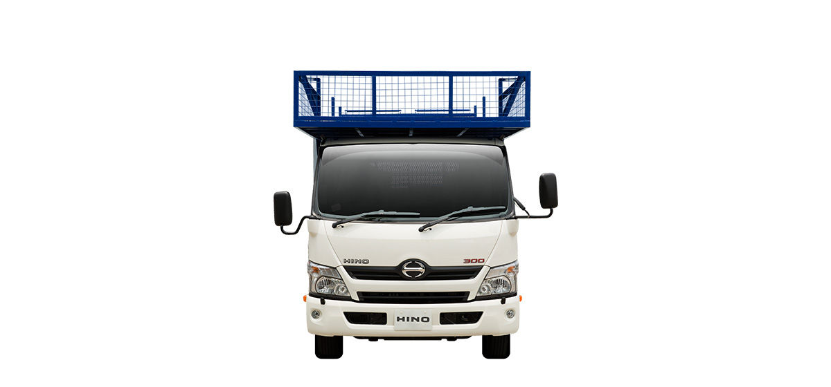 300 Series Crew Cab, Bamboo Scaffolding Body (FRONT)